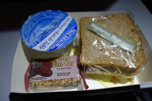 Dry sandwich as a pre-landing VGML snack