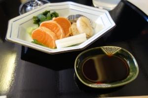 Salmon, spotted gizzard shad, scallop sashimi