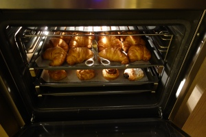 Warming ovens for pastries